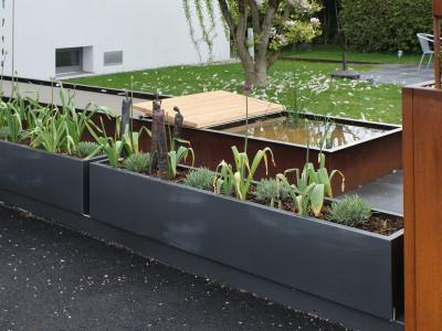 Pflanzenbehälter